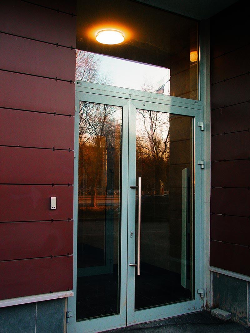 Comment choisir le bon verrou pour une porte composite